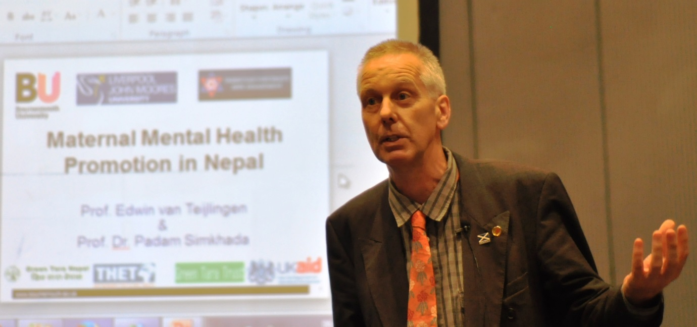 Edwin presenting at a THET-funded two-day workshop on mental health & maternity care in Kathmandu, August 2016.